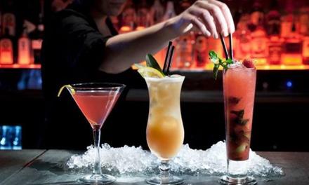 Cocktail nach Wahl inkl. Nachos