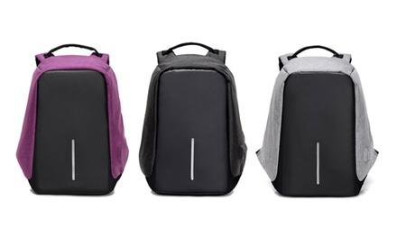 1 o 2 mochilas con puerto de carga USB