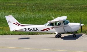Avenir aviation: Vol d'initiation comprenant briefing et 20 minutes de vol à 99 € chez Avenir aviation