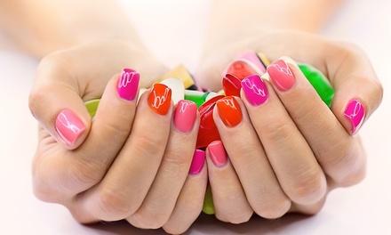 Beauté mains et/ou pose vernis semi-permanent ou extension gel au choix dès 11,90 € à l'institut Secrets Beauté