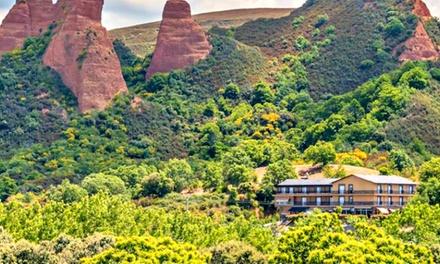 León: 2 o 3 noches para dos con desayuno, visita a Las Médulas y opción de 1 cena en Hotel Medulio