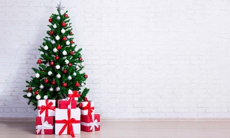 Árbol de navidad disponible en diferentes tamaños