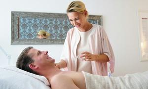 Auszeit Kosmetikinstitut: Gesichtsbehandlung mit Mikrodermabrasion, Hautanalyse, optional Massage im Auszeit Kosmetikinstitut (bis zu 57% sparen*)