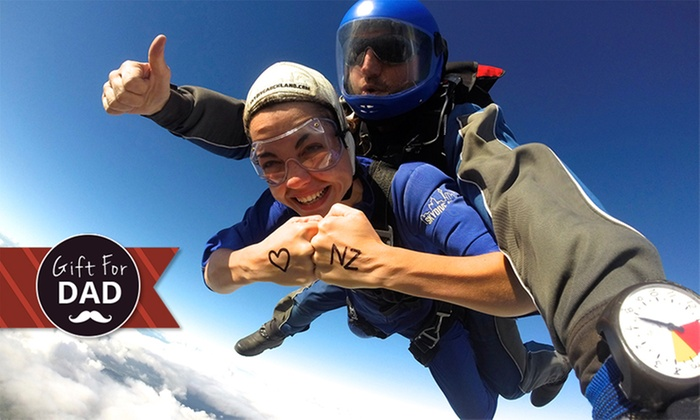 Skydive Auckland - Skydive Auckland: Tandem Skydive: 9,000ft for One ($290) or 13,000ft for Two People ($640) with Skydive Auckland