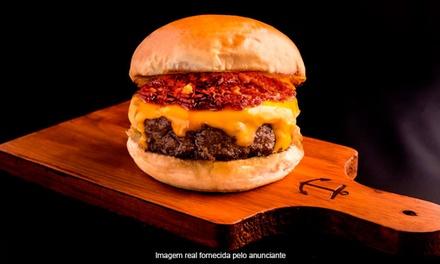 Sailor Burgers & Beers   Pinheiros: hambúrguer + porção de fritas para 1 ou 2 pessoas (sem agendamento)