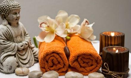 Manicure, pedicure, pulizia viso, massaggio corpo e ceretta da Eidos Estetica e Benessere (sconto fino a 74%)
