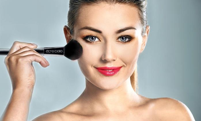 2 Std. Make-up-Workshop inkl. Glas Prosecco für 1, 2 oder 3 Personen bei ètre belle Cosmetics (bis zu 88% sparen*)