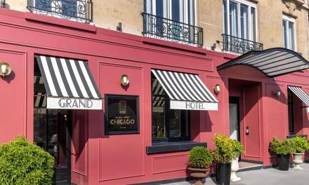 Groupon.it - Parigi: camera Cosy o Classic con colazione per 2 persone al Grand Hotel Chicago