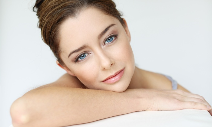 Facials With or Without Moisturizing Mask at The Salon (Up to 54% Off). Six Options Available.