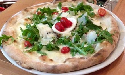 Menú de pizza para 2 o 4 personas desde 15,90 € en Cento Per Cento Caffè And Pizza