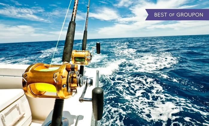 Giornata di pesca in mare con skipper per piccole, medie o grandi prede con Blue Dream (sconto fino a 63%)