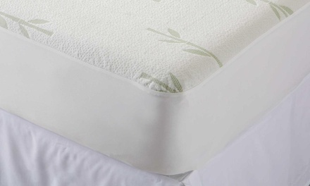 From $25 for a Fully-Fitted Hypoallergenic Waterproof Bamboo Mattress Protector (Don't Pay up to $99)