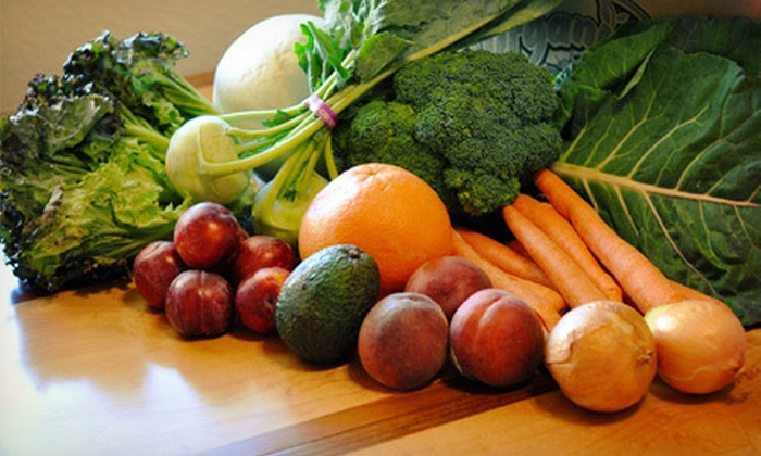 It's Organic! - Livermore: $15 for One Bin of Home-Delivered Organic Fruits and Vegetables from It's Organic! ($34.99 Value)