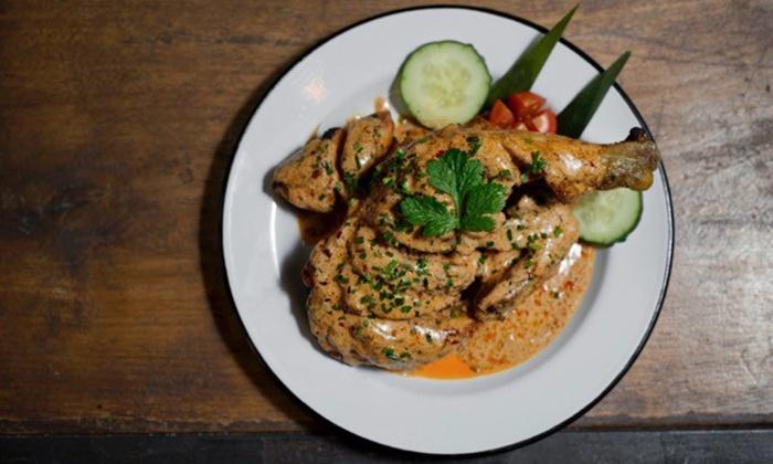 Spice Bcn  - Spice Bcn : Menú de pollo sudafricano para  2 o 4 personas con acompañamiento, postre y bebida desde 16,95 € en Spice Bcn