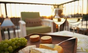 Hotel Castelgandolfo: Degustazione in terrazza sul lago con maxi tagliere e calici di vino all'Hotel Castelgandolfo (sconto fino a 59%)