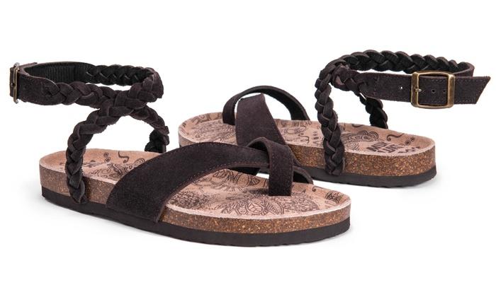 c4cc8b76688 Up To 35% Off on Muk Luks Women s Estelle Sandals