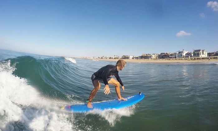 Learn To Surf - Learn To Surf: $126 for $275 Worth of surfing lesson at Learn To Surf