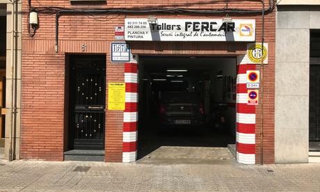 Paga 49,95 € y obtén un descuento de 400 € en un servicio de reparación de chapa y pintura de coche en Tallers Fercar