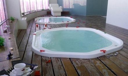 Circuito romántico privado y masaje de hasta 1 hora para dos personas desde 39,90 € en Relais Lakua