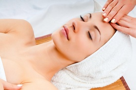 Simply Flawless Advanced Skincare: 60-Minute Spa Package with Facial at Simply Flawless Advanced Skincare (50% Off)