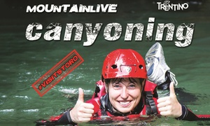 MOUNTAIN LIVE: Jungle Canyoning in Trentino per una o 2 persone da Mountain Live (sconto fino a 61%)