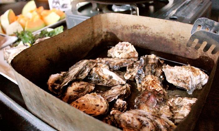 海鮮 ROBATA めんめ - 海鮮 ROBATA めんめ: 【最大50%OFF】牡蠣を、一斗缶で豪快に蒸し焼きに≪牡蠣のがんがん焼きコース+飲み放題90分/他1メニュー≫ @海鮮 ROBATA めんめ