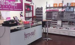 Alessandra Nails: 3 manicure con applicazione smalto semipermanente monocolore o french al salone Alessandra Nail (sconto fino a 75%)