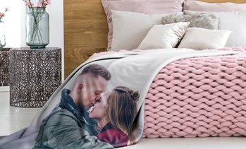 Up to 94% Personalized Photo Blankets from CanvasOnSale
