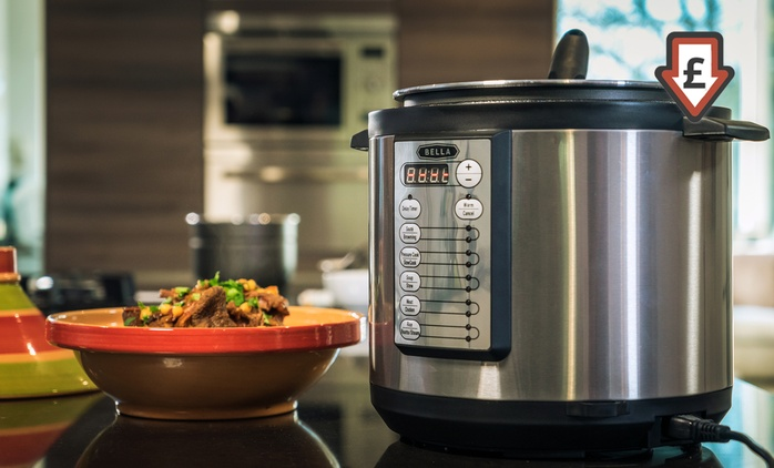 Bella Linea Pressure Cooker for £39.98 With Free Delivery (60% Off)