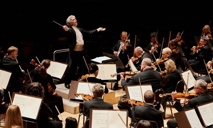 "Symphonie Fantastique - Roy Thomson Hall: Toronto Symphony Orchestra Presents ""Symphonie Fantastique"" at 8 p.m. on January 27 or 28"
