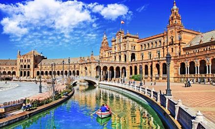 Sevilla: de 1 a 3 noches para 2 con desayuno buffet, detalle, bicis y opción a menú ración en Hotel Plaza Santa Lucía