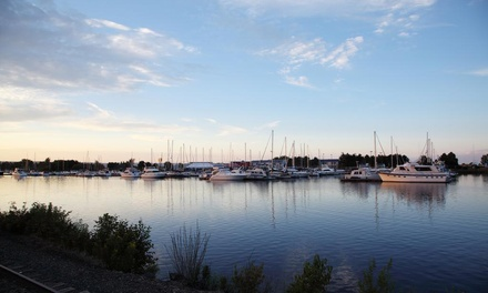 Stay at Barkers Island Inn in Superior, WI, with Dates into May