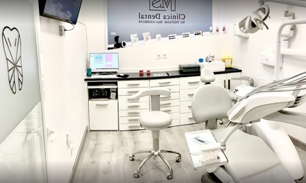 Sesión de limpieza dental con opción a férula de descarga Michgan en Clínica Dental MS (hasta 76% de descuento)