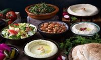 Menú árabe para 2 o 4 personas con entrante,  principal, postre o té y bebida desde 19,90 € en Restaurante Aljaima
