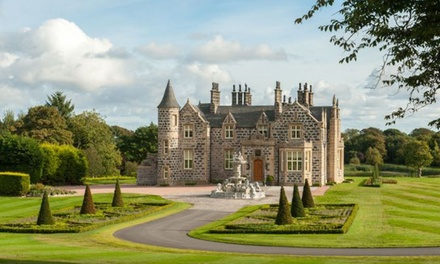 Aberdeenshire: Superior Double or Twin Room with Wine and Cheese at the 5* Trump MacLeod House & Lodge