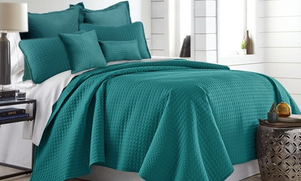 SevenPiece Hotel Quality Comforter Set: Queen $39 or King $49 Don't Pay up to $249