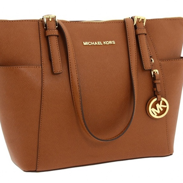 1dbd0dbf7604 New Season! Michael Kors Bags | Groupon