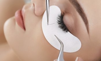 Up to 70% Off Eyelash Extensions at Fluffy Eyelash Extensions
