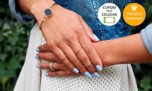 Chez Elle Estética & Laser: Chez Elle Estética & Laser – Cambuí:1 ou 2 meses de manicure e pedicure (opção de 2 visitas de manicure)