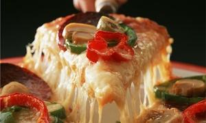 Trattoria & Cafe: Desde $189 por pizza + gaseosa o cerveza para dos o cuatro en Trattoria & Cafe
