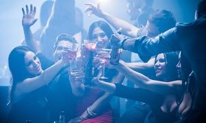 Club Araoz: Desde $99 por entrada a Club Araoz + cena + bebida + acceso al VIP para uno, dos o cuatro personas