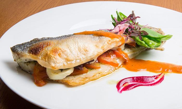 """פסקדוס - פסקדוס: פסקדוס, מסעדת דגים יוקרתית ליד גשר המיתרים: ארוחת דגים מפוארת לזוג ב-249 ₪ או לרביעייה ב-498 ₪ בלבד! עד חצות, כולל מוצ""""ש"""