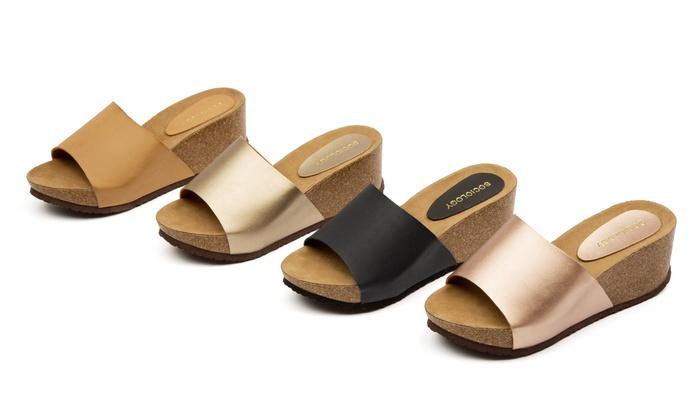 Women's Metallic Slide Sandal: Women's Metallic Slide Sandal