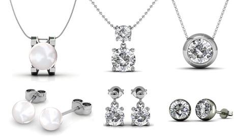 Pendientes y colgante adornado con cristales de Swarovski®
