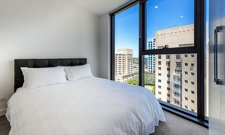 Melbourne: 2, 3 or 5Night Stay for Two or Four with Late CheckOut, Wine and WiFi at Amazing Accommodations Vogue