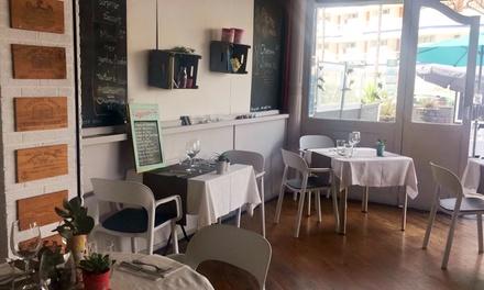 Menú degustación francés para 2 a elegir con aperitivo, platos, postre y botella de vino desde 39,90 € en Chez Vous