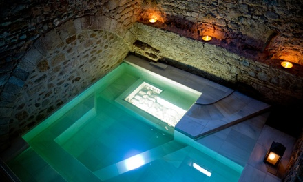 Circuito termal en baños romanos de 90 minutos para 2 personas con opción a masaje desde 56 € en Aqva Gerunda