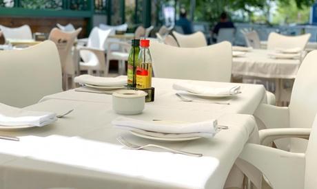 Menú para 2 o 4 con entrante, arroz, postre y bebida en La Percha (hasta 54% de descuento)