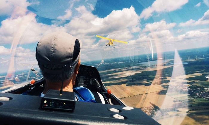 Bicester Gliding Centre - Launton: Motor Gliding Lesson with Three-Month Membership at Bicester Gliding Centre