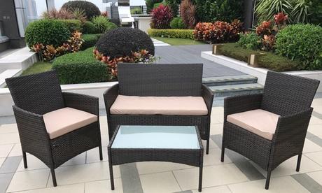 Juego de mesa, sofá y sillones para jardín efecto ratán
